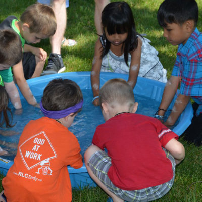 VBS Kids playing